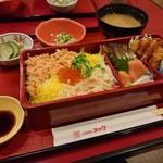 北海道料理ユック - 石狩弁当 1,280円