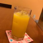 たんぽぽ - ジュース「オレンジ」200円。