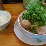 じゃげな - 本日のおすすめ ネギ二郎(ライスつき、味玉トッピング) ¥885