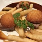 バル デリコ - 豚フィレ肉のチーズ焼き ¥680-