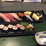栄寿し - 上寿司をエビかに抜きで作って頂きました。