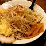 67129594 - まぜそば 麺大盛り野菜ちょいマシ ニンニクマシ
