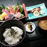 歌楽久利亭 - 寺泊定食 1050円