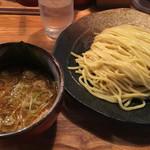 つけ麺屋 やすべえ - つけ麺 中盛(780円)