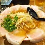 67139944 - 中華そば しょうゆ味 肉大盛