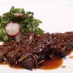 ヌーベルシノワ一品香 - ダチョウ肉のステーキ