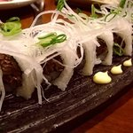 大阪産(もん)料理 空 - ウメビーフのロール巻きです。締めにぜひぜひ!
