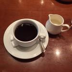67145210 - ランチにつくホットコーヒー