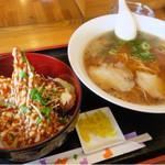 鷺原 - ラーメンとマヨエビフライ丼セット