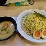 拉麺 浜田屋 - 鶏とんつけ麺(醤油・つけ麺は大盛り無料) 850円