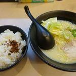 拉麺 浜田屋 - 鶏とん塩白醤油ラーメン 750円 + 大盛り 200円 + ライス 150円