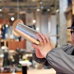 COLOSO COFFEE TOKYO - アイスラテ作ってます☆