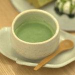つむじカフェ - 桑の葉ラテ