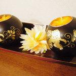 タイ料理 ブアールアン - キャンドル。