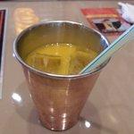 インド村 - 甘ったるいマンゴージュース