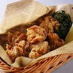 ホテルオークラ神戸 テラスレストラン ビアガーデン - フライドチキン バスケット