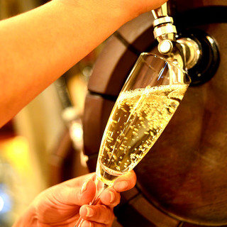【今話題】の樽出し生スパークリングワイン