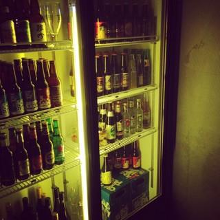 スタッフセレクトのクラフトビールも豊富です。