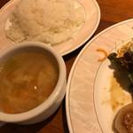 ニユートーキヨー ビヤレストラン - スープバーは2種類