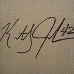 67166795 - 壁にKJのサイン