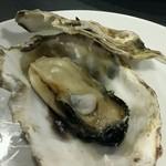 牡蠣&海老バル EAST BLUE - 蒸し牡蠣
