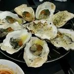 牡蠣&海老バル EAST BLUE - グラタン、ウニ×2