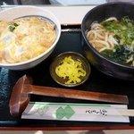 つる一製麺 - 親子丼セット