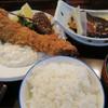 Dainingusutejisakaiya - 料理写真:海老フライ鯖煮つけ定食