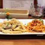 Piccolo ristorante CIBO SANO - モンゴウイカミンチのトマトソース スパゲッティ  鶏と大根 白ワイン煮込みのペンネ