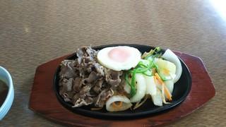 肉の万世 本店 - 黒毛和牛鉄板焼ランチ 1,540円♪