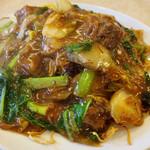 中国料理 Kirin - ビーフシチュー焼きそば