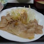 ゆたか食堂 - 「生姜焼き定食」には、ご飯、味噌汁、ヤッコ、マカロニサラダ、お新香の5点付き
