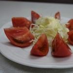 ゆたか食堂 - とても美人な「トマト」さん