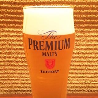サントリー「超達人店」認定店でもつ鍋に合う美味しいビールを!
