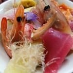 若草寿司 - 海鮮ちらし(松)