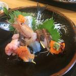 67198350 - サヨリ(鮮度抜群) 、黒ムツ(脂たっぷり)                       この2つ特に美味しかった。