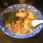 67199167 - 肉厚ワンタン麺 600円♪