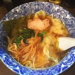 67199168 - 肉厚ワンタン麺 600円♪