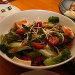まるちょん - まるちょんサラダ (¥680-)