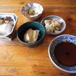 亀の子 - 料理写真:メインに先立って出してくれた数々。