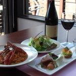 トラットリア アドリアーノ - 料理写真:リーズナブルな値段でコースも楽しめます。お席だけのご予約もOKです。