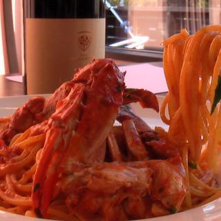 渡り蟹のトマトクリーム、開店以来の一番人気秘密