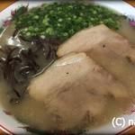 ぎょらん亭 - 豚骨七三ラーメン 600円