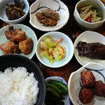 食事処日の出 - 料理写真:おまかせ定食