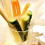 東京インビス - 野菜スティック 500円