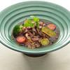 香味ジュレ仕立て 炙り牛カルビと夏野菜のおうどん
