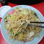 長崎飯店 - 太麺には焼き目がついてます