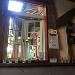 cafe KO-BA - 窓から外を望む