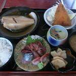ぶっこん亭 - 料理写真:日替り定食