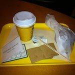 6722746 - チョコレートドーナツと、オーガニックコーヒー。